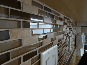 Kitchen Backsplash Cleaning